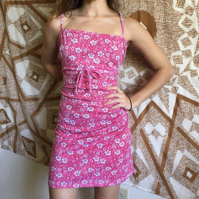 Vintage Hawaiian Print Floral Pink Dress So Cute I Wish A Depop Hawaiian Fashion Pink Floral Dress Vintage Hawaiian