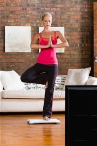 como practicar yoga en casa por primera vez