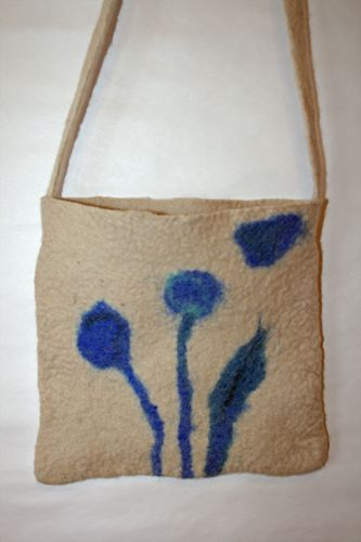 Felting a seamless bag. Instructions need to be translated.