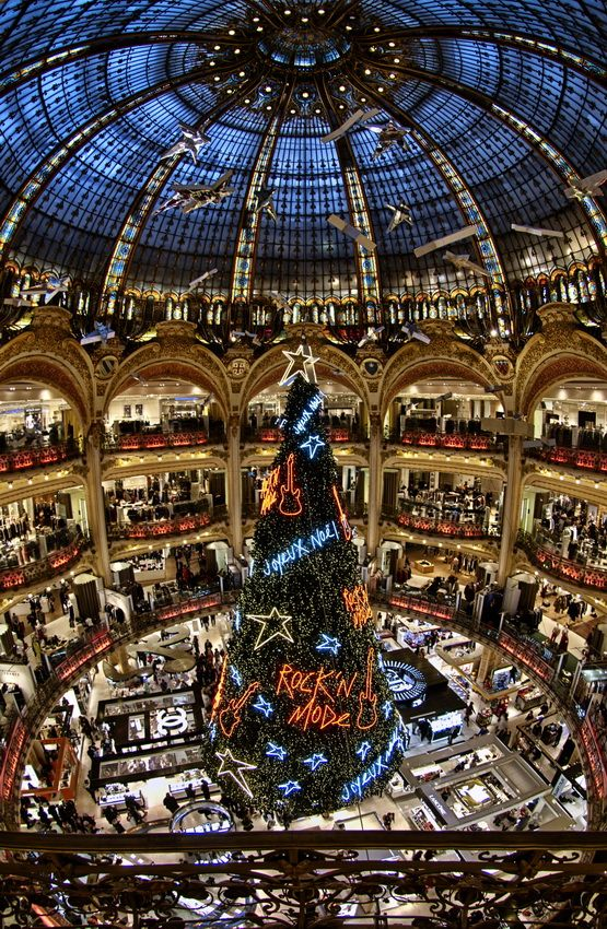 "coffee-tea-and-sympathy: ""Merry X-Mas to all of you"" by Frank Baillet (FrankBa)Galeries Lafayette, Paris"
