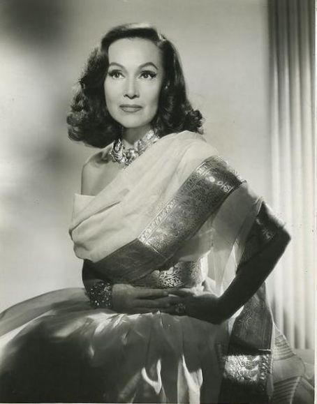 Dolores del Rio - (08/03/1904 - 04/11/1983) born in Durango, Mexico. She was the first major female Latin cross-over star in Hollywood, with an outstanding career in American films in the 1920s and 1930s.