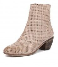 Menza Nude Pin Punch from Mollini