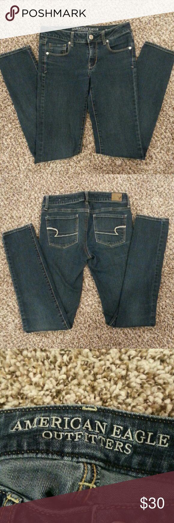 💥SALE💥 American Eagle Denim Skinny Jeans American Eagle Outfitters dark wash skinny jeans. Good condition. American Eagle Outfitters Jeans Skinny