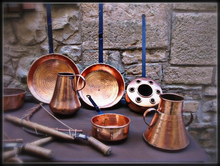 Utensilios antiguos de cocina de cobre