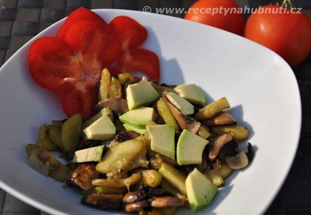 cuketovy-salat s avokádem