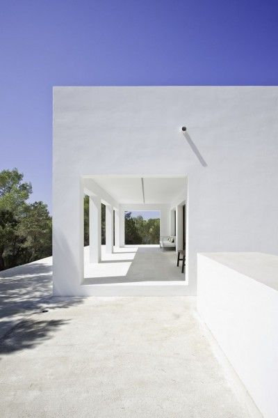 Casa Amalia designed by architect Marià Castelló in Formentera, Spain