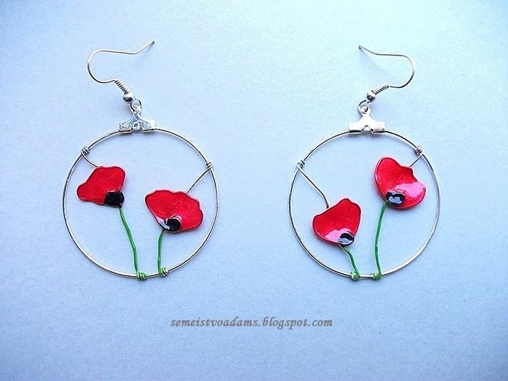 Wire poppies earrings with nail polish by semeistvoadams.blogspot.com