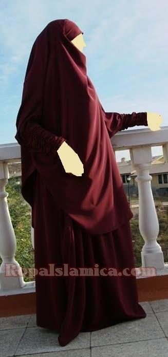 Jilbaab de dos piezas khimar Farida con puños rizados 27€ Falda Zuleika 19€ color granate