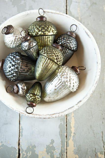 bulbs in a bowl
