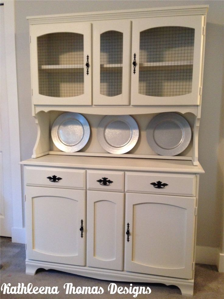 White buffet and hutch with glossy black hardware painted