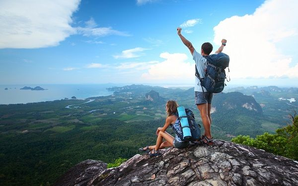 Anda yang mencintai wisata gunung, bisa mengunjungi 3 pegunungan ini dipandu dengan travel tour berpengalaman dan tentunya, diskon yang fantastis.