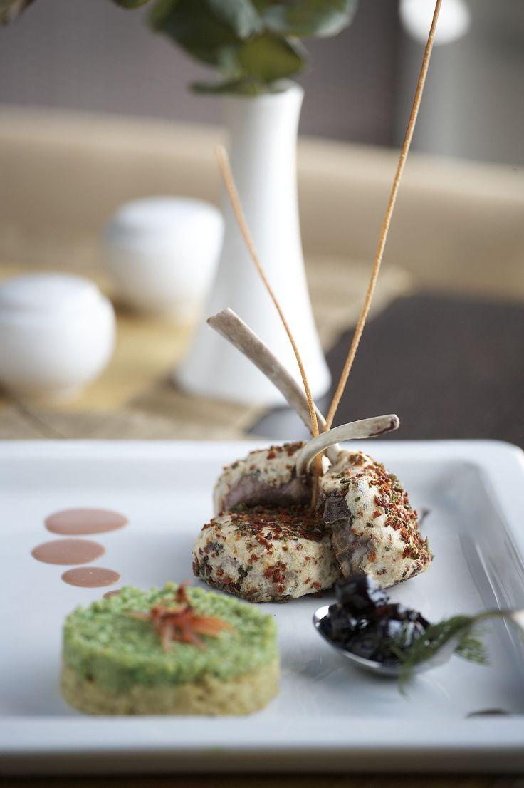 Vis a Vis Restaurant!