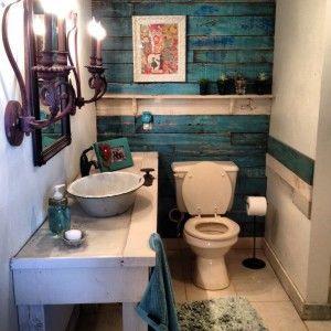 cuarto de baño con palets