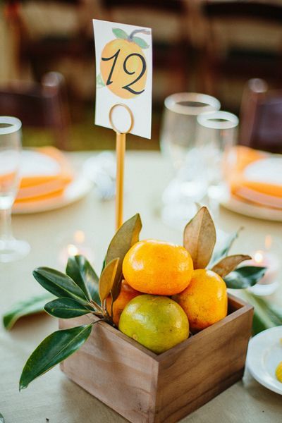 citrus centerpiece | Sunglow Photography