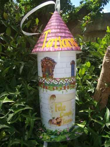 Piñatas Torre De Rapunzel - $ 220,00