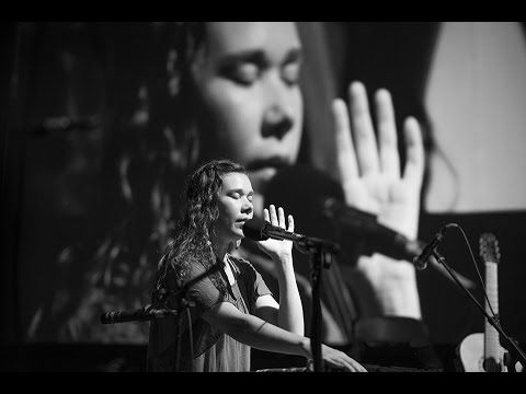 Peia Bird and Ali Ghamsari Bali Spirit 2015 - YouTube
