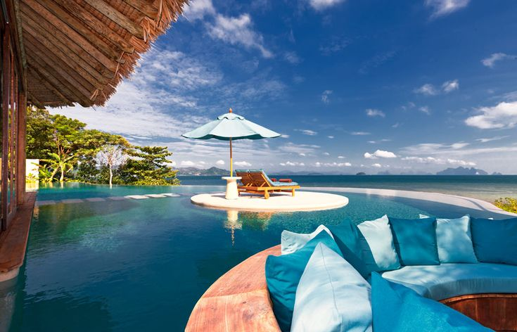 Royal Horizon Pool Villa sunken dining. The Naka Island, Phuket. © Starwood Hotels & Resorts Worldwide