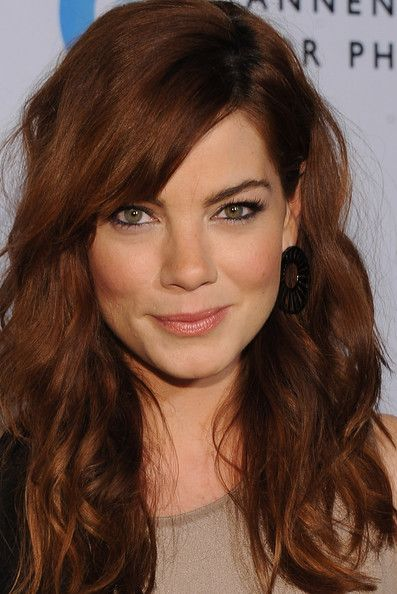 Michelle Monaghan bangs & waves. Wish I could do this everyday!