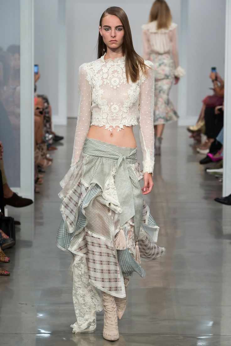 Zimmermann Spring 2017 Ready-to-Wear Fashion Show