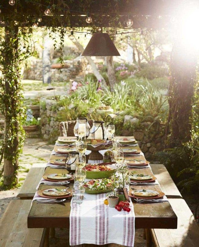 outdoor farmhouse dining — simply farmhouse