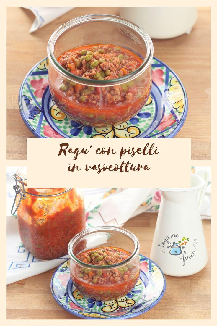 Ragù con piselli in vasocottura. Cuoce in 6 minuti al microonde ed è perfetto per condire la pasta, realizzare timballi e arancini!  In questa ricetta troverete i consigli per cuocerlo nei vasetti da litro.  #vasocottura #microonde #ragù