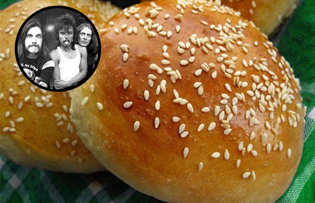 Burger 101: Burger Buns à la Motörhead