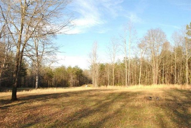 13.25 Non restricted waterfront ... land with 400 ft South Tyger River. Utilities are already in place for you to build your Dream home! There is a beautiful above ground pool with a wrap-around deck. That will be such a refreshing space in the hot summer! There is also a large site built storage barn that can hold your 4-wheeler and lawn tractor. This Land IS SITE PREPPED and ready for an additional house or building, electric and water have been run , and there is a septic tank already in…