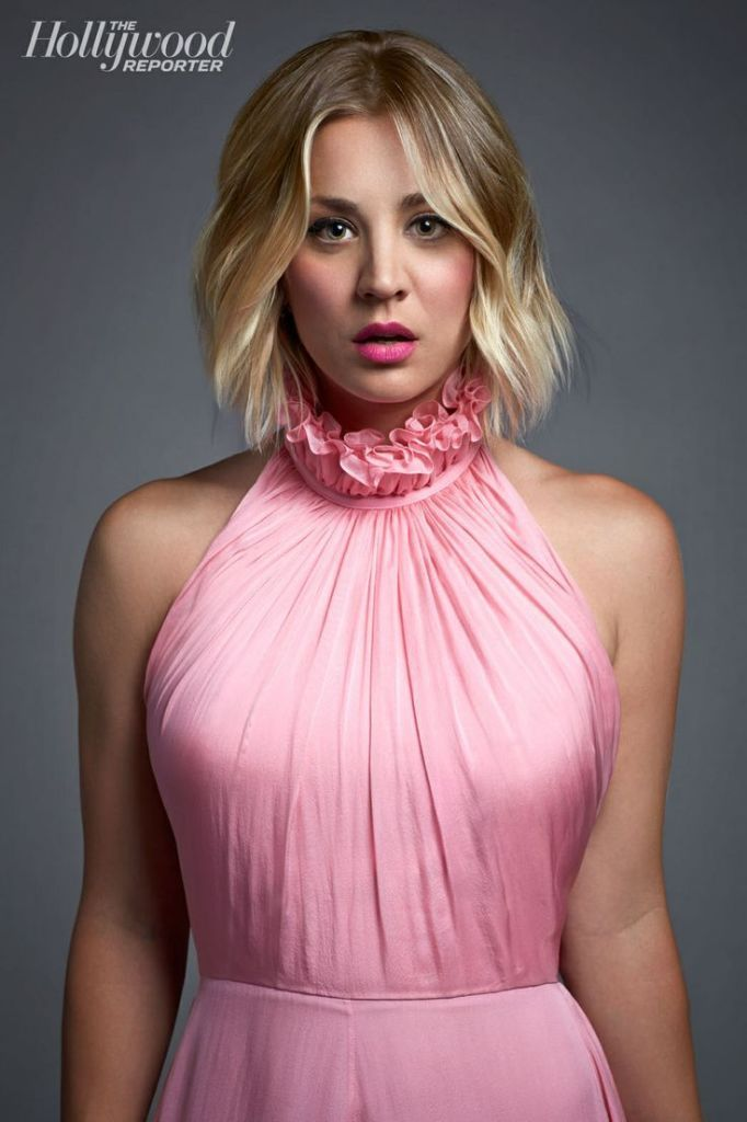 kaley cuoco hair style best 25 kaley cuoco ideas on abs kaley 7802 | d070ab600a7862d2899962d467b7aa08 short wavy haircuts blonde hairstyles