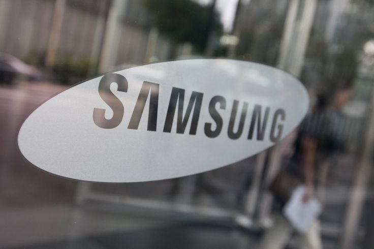 Samsung is the latest tech titan to open an AI lab in Canada -  If it wasn't already clear that Canada is becoming a hotbed for AI research, it is now: Samsung has opened an AI lab (shown below) at the Université de Montréal. The school's faculty and students (including long-time Samsung partner Pro......Original Article via ##Replace Me## |   Via   engadget https://www.dailyed.tech/?p=169833 #EdTech