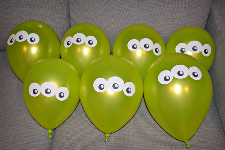Ballons aliens :)                                                                                                                                                                                 Plus