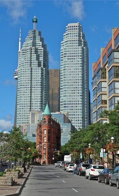 Downtown Toronto.Photo:T.Graffe