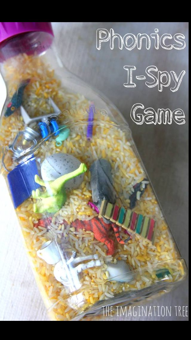 I-Spy Phonics Game. Really good small group time phonics based activity.