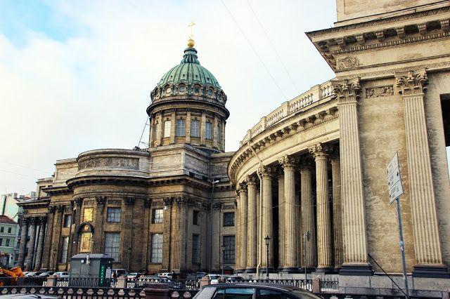 "View to the Kazan Cathedral from the bakery / Вид из кондитерской ""Буше"" на Казанский Собор"