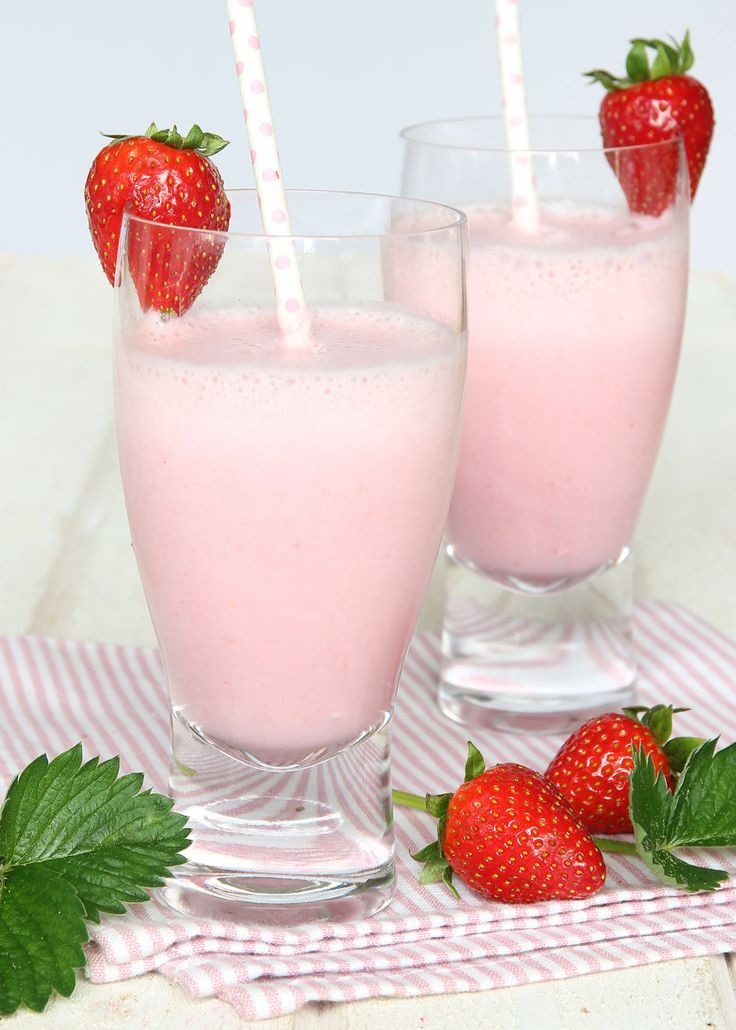 Sommarens svalkande favorit! Läcker, hälsosam frukt- & mjölkdrink som inte Innehåller något tillsatt socker.