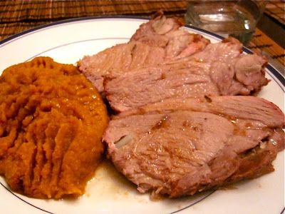 Невыразимая легкость кулинарного бытия...: Свинина, запеченная с розмарином и чесноком