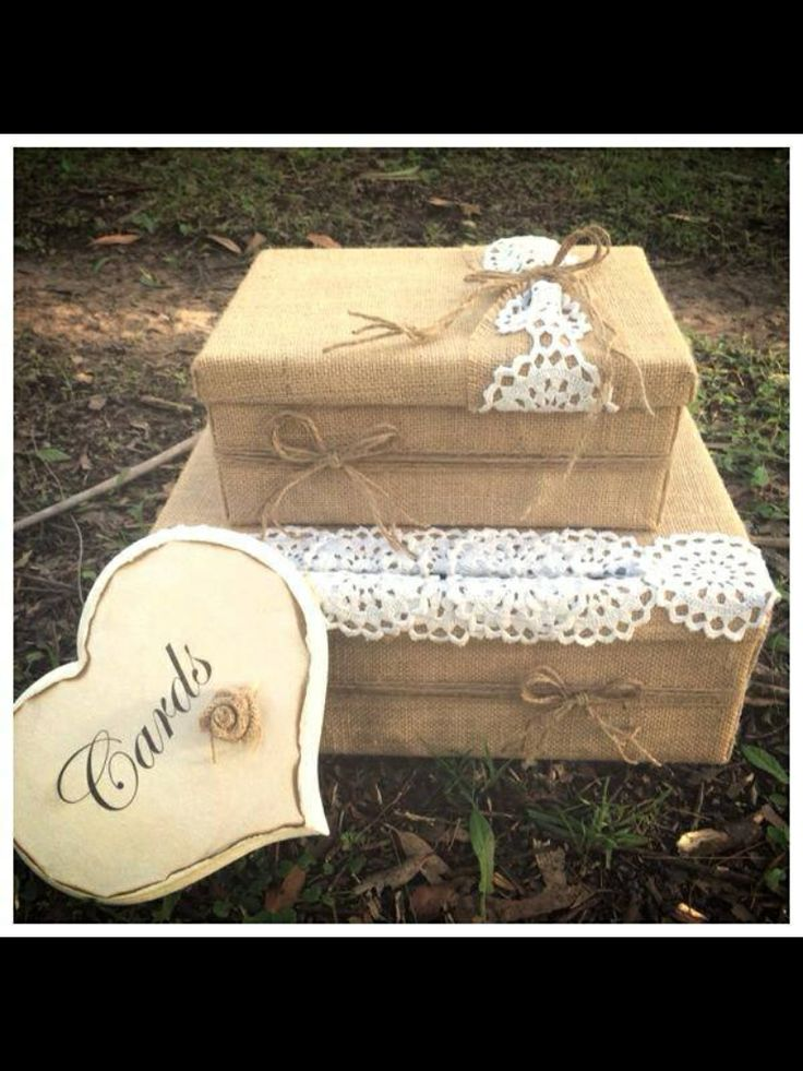 Hessian wedding card box for your vintage wedding look!