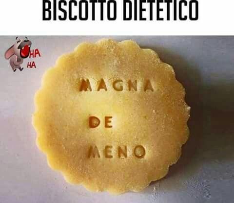 Mai!!!!! Non prendo ordini da un biscotto!!!!