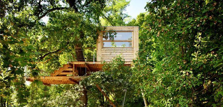 886 best tree houses images on pinterest. Black Bedroom Furniture Sets. Home Design Ideas