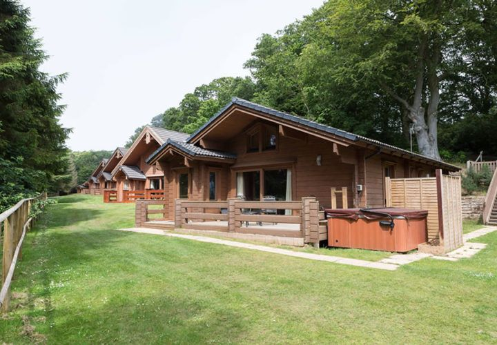 These 2 bed lodges are the ideal holiday accommodation for families or small groups of friends looking for a relaxing and peaceful holiday retreat. These lodges are located in a tranquil area of our holiday park.