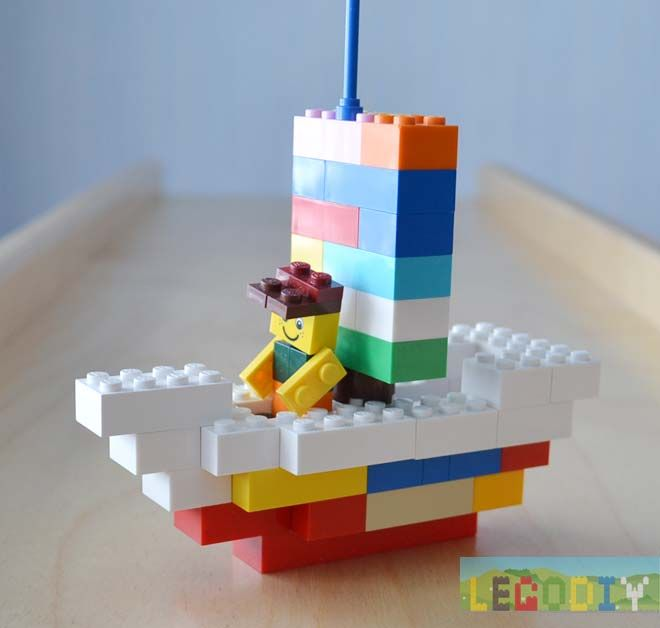 LEGO boat building instruction (from LEGO classic bricks)