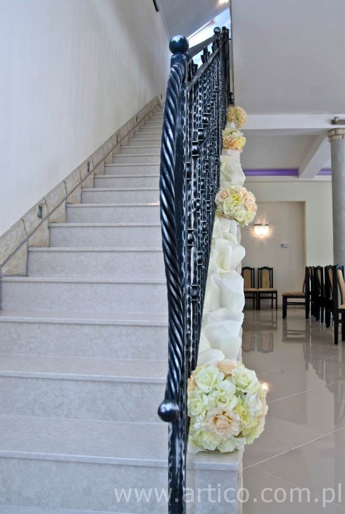 www.artico.com.pl i www.facebook.com/artico.kwiaty  kwiatowe kule, ślub,dekoracje, wesele, kule, hotel. Zapraszamy na www.facebook.com/Artico.kwiaty
