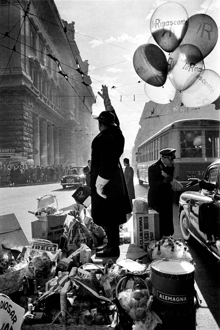 Rome, 1951 by Henri Cartier-Bresson.: Henry Cartier Bresson, Magnum Photo, Rome Italy, Art Photography, Vintage Photographers, Henri Cartier Bresson, Henry Cartierbresson, Black White, 1951