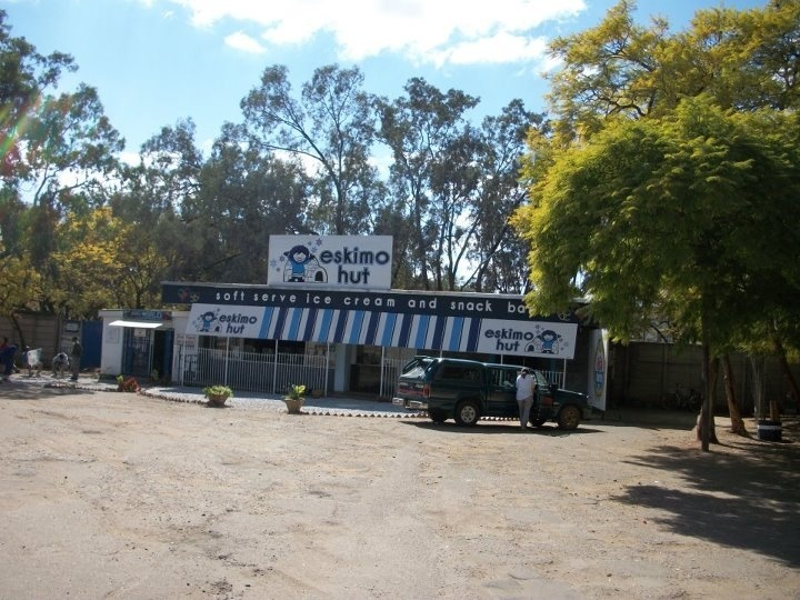 Eskimo hut bulawayo bulawayo pinterest zimbabwe and for Mirror zimbabwe