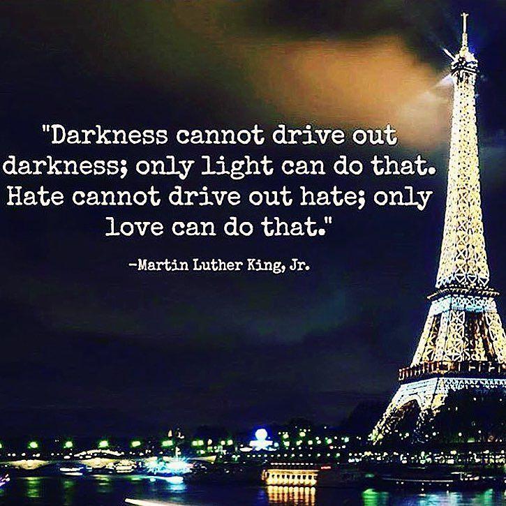 We truly need world peace. Lets pray for humanity because I see humans but no humanity #Prayforparis ------------------------------------------------- Realmente necesitamos la paz mundial. Tenemos que orar por la humanidad porque veo seres humanos pero no veo humanidad. #OrenporParis -------------------------------------------------- Nous avons vraiment besoin de paix dans le monde. Permet de prier pour l'humanité parce que je vois l'homme mais pas de l'humanité #prierpourParis by…