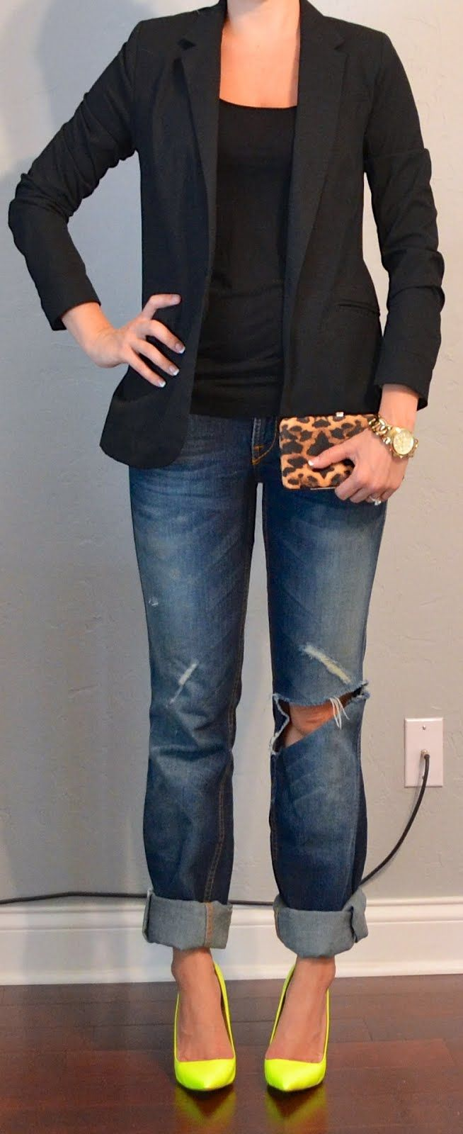 Jeans, blazer, bright heels (maybe in a diff color)