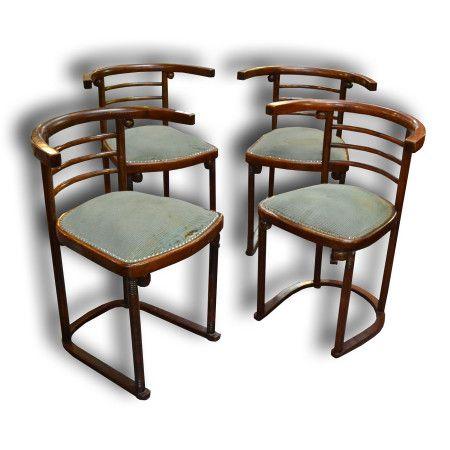 Židle - Design: Josef Hoffmann  Výrobce: Gebrüder Thonet  Model:  číslo 728 pro kabaret Fledermaus  www.aantik.cz