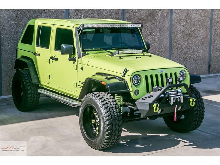 2016 Jeep Wrangler Unlimited Sport Custom Photo 4