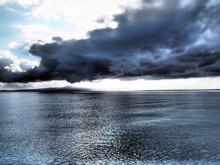 The storm is coming at Messinian bay