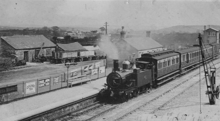"""In service at Bugle in Cornwall, around 1910. The GWR 455 Class, also called the """"Metropolitan"""" or """"Metro"""" Tanks, was a series of 140 2-4-0T tank locomotives built for the Great Western Railway, originally for their London suburban services, including running on the underground section of the Metropolitan Railway,"""