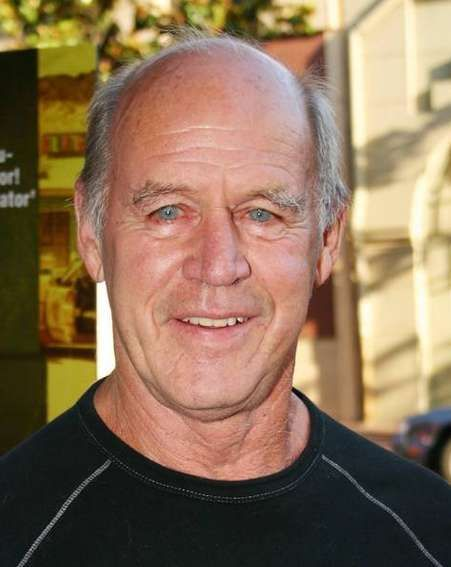 geoffrey lewis biography